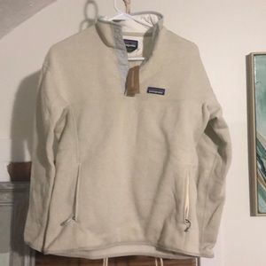 Women's Patagonia Better Sweater in Bleached Stone